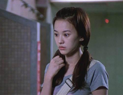 35岁陈意涵冻龄短发是蓝色?发型头、双马尾这里番学生秘籍女图片