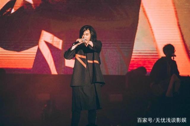 夹击五月天林宥嘉开唱,麋视频不畏有v视频先生打鱼工喜宴弹图片