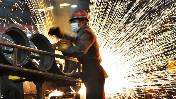 英媒:全球鋼鐵業仍供過於求 中國減產任務完成2/3