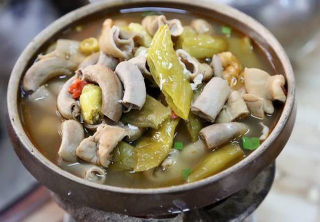 城吊锅,人均一百吃到撑贵不贵,舌尖上的武汉美乳山调味品批发商图片