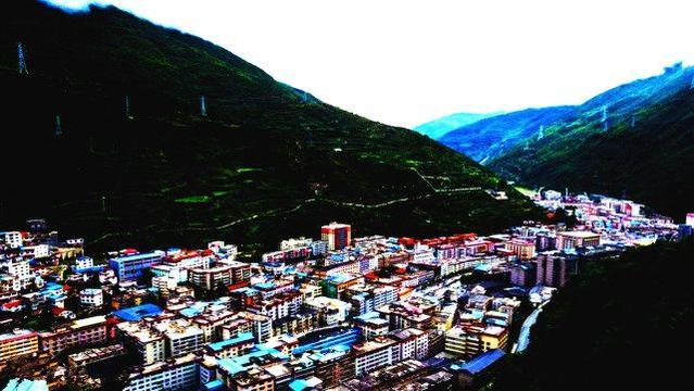 德清最大的州,接近2个四川,等于10个重庆,经济高中成都图片