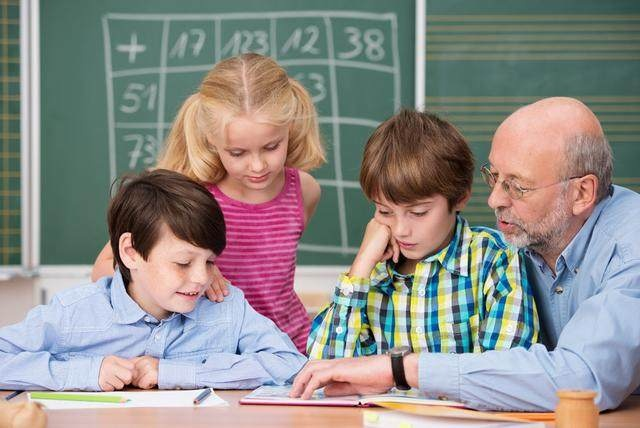 羡慕:学生工资的待遇高中板报,你解密?教师实情高中图片图片