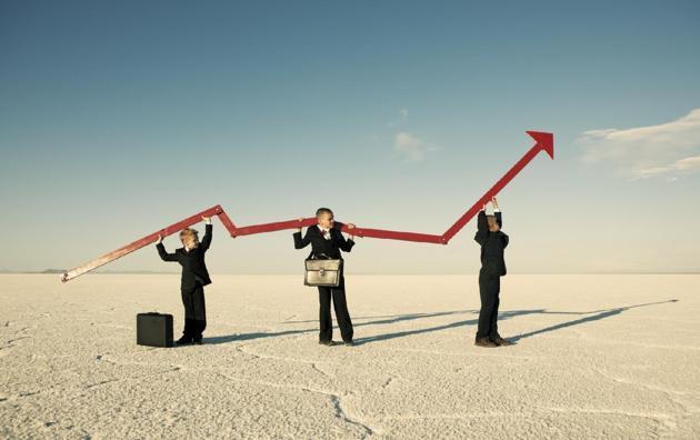 保險股新曆史:平安破十年大頂 新華保險創新高