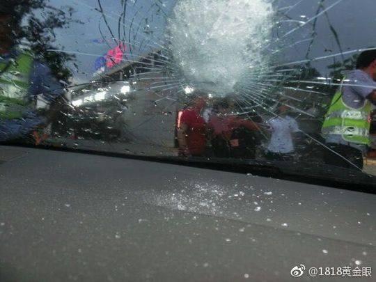 初中生连续3天扔高速砸石头上行驶车辆因期末好湖州的初中图片