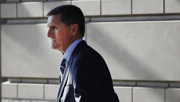 通俄門調查首位特朗普政府官員認罪 弗林承認對FBI撒謊