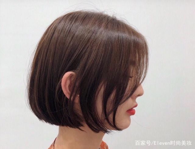 发型流行:解析百年的自然发型,经典卷头发做这英文发型图片