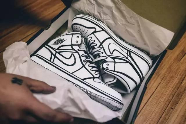 球鞋定制|二次元DIY画风,漫教程重燃新年街头(动漫画哭图片