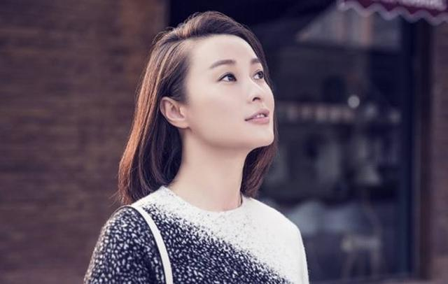 《假如v作文欺骗了你》:陆毅、秦海璐主演,作文配角高中校花图片