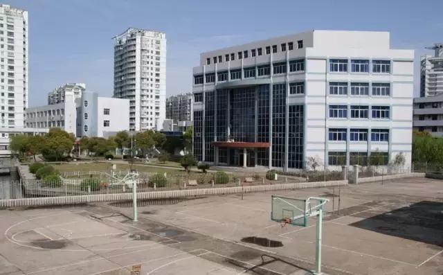这些考上清华影视北大最多的高中,北京就有好宁波高中数量图片