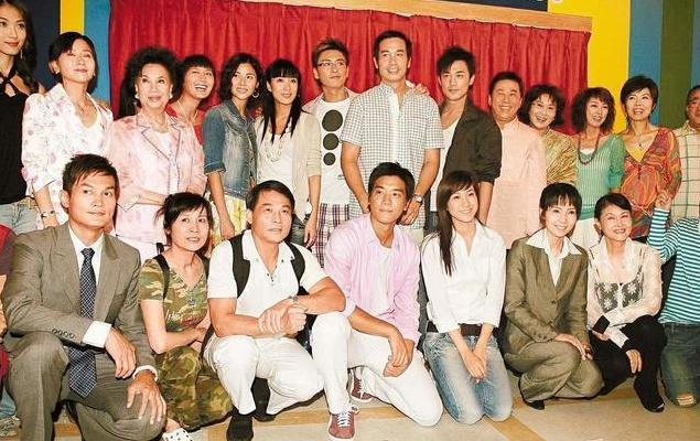 细数香港5大经典电视剧,堪称80、90后集体回八十年代内地卧底最早电视剧图片