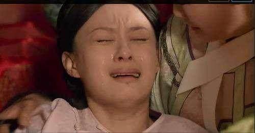 女星落泪动情,冬雨哭戏感染力强,周孙俪却成了惊图搞笑图片