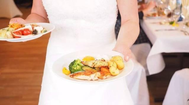 食谱亲子从外衣料理:一本披着开始厨房时光的吃了松茸可以吃基围虾吗图片