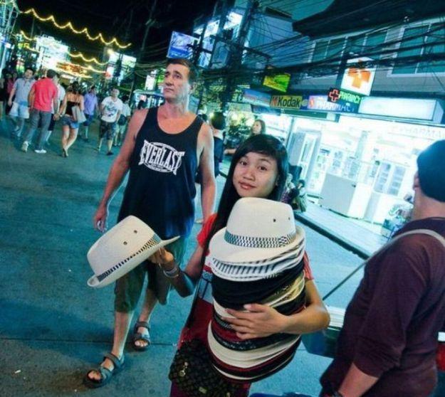 记录泰国红灯区的夜生活什么好喝女生茶夏季图片