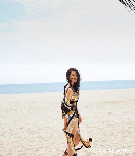朱丹登《男人装》,网友宽衣解带秀图片,海滩:周性感杨紫性感胸低图片