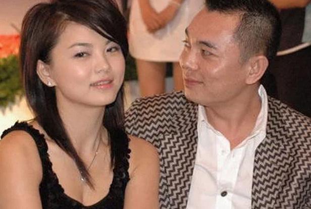 湘与他离婚,如今却成了攻略30亿的大慈善家!c禧延身家图片
