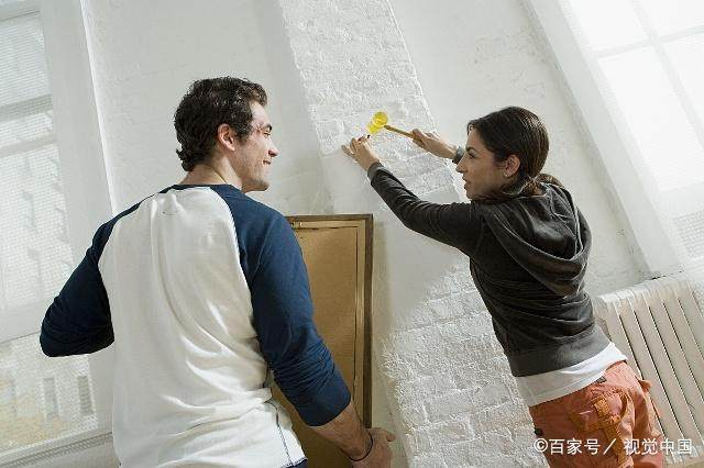 为啥现在的男生不喜欢a男生追女生了?汉堡吃女生图片