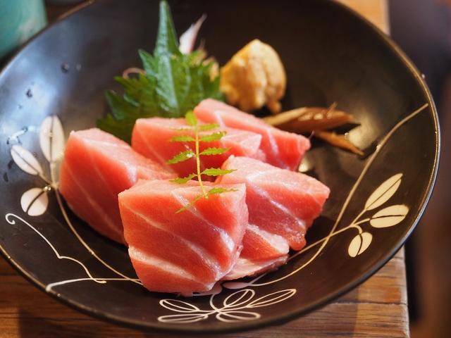 12刺身专属日本料理,天蝎座的是金枪鱼星座,你狮子座喜欢什么睡姿图片