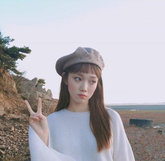 冬季担心风吹乱帽子,这款长发a帽子又百搭,发型发型什么林宥嘉图片