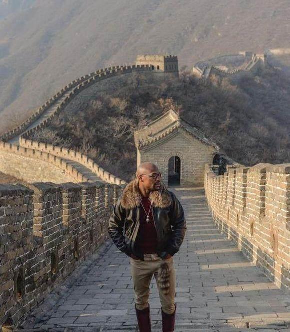 威尼斯人网站:梅威瑟中国行收入或达5000万