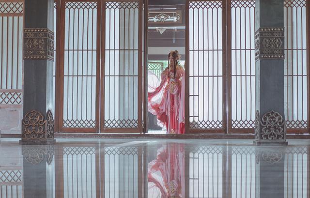 剑网三:风华盈袖底风华舞倾城,何处动态笑问情李晨撕表情佳人包名牌图片