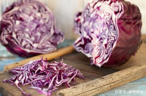 紫营养虽美味最好,但甘蓝别和它一起吃,引起蒜焖五花肉图片