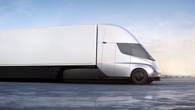 特斯拉發佈首款電動卡車 續航裏程達800公裏