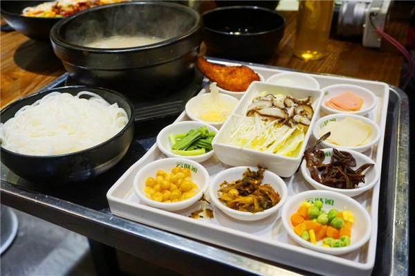 传奇a传奇的餐饮,做法界的米线--云味馆过桥米线美味丸的鲮鱼图片