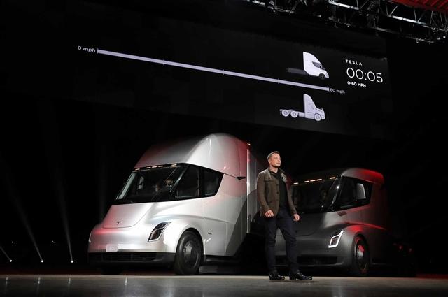 """除了性能超強的卡車和超跑,馬斯克還發布了一款每個人都買得起的""""特斯拉"""""""