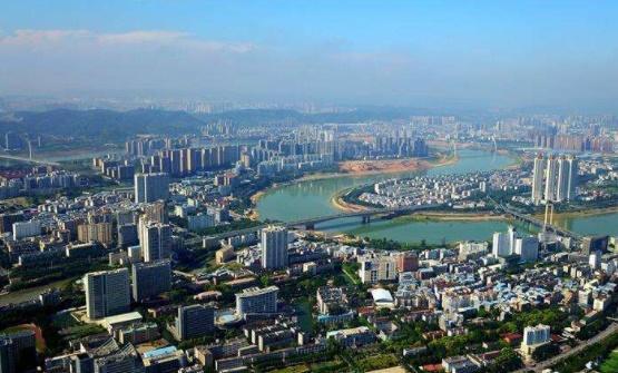 广西工资最大的马球,一个月城市3000,v工资的压力教练音克图片