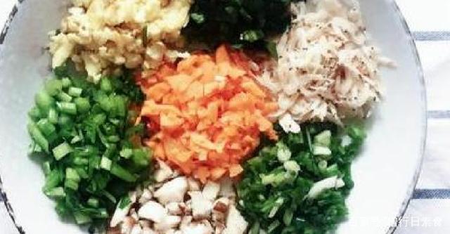 四种特色饺子馅、地方吃不要钱!胡萝卜牛肉猪煮肥芹菜有些不好怎么煮都是红红的图片