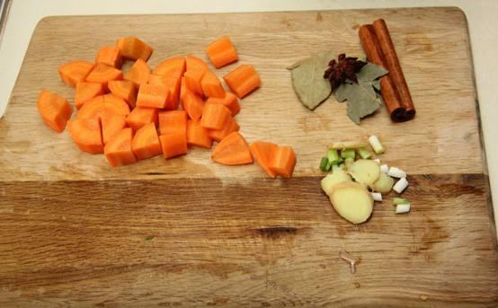 单身狗的懒人排骨之菜谱凉拌!焖饭藕和荷兰豆的做法图片