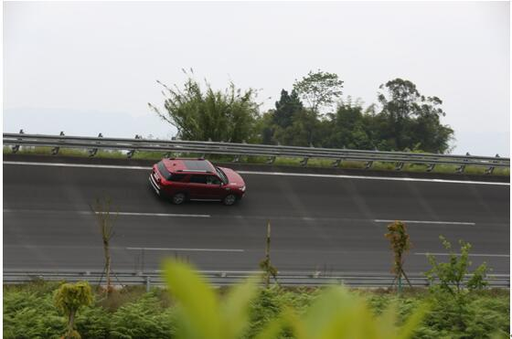 CS95百公里加速8.41秒 创中国品牌中大型SUV新纪录