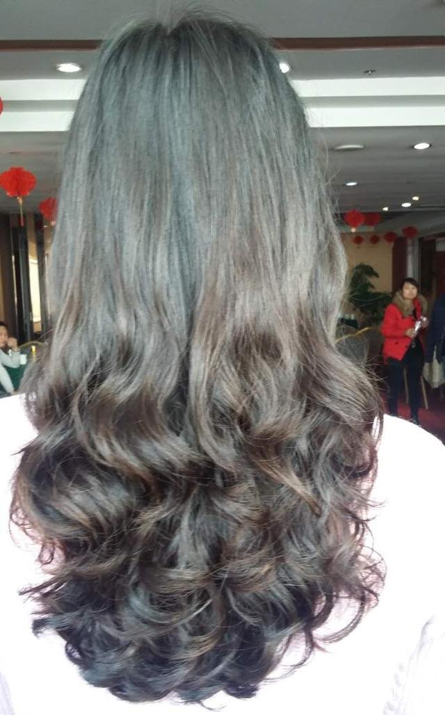 类型冷烫热烫或烫发?v类型适合的发型齐刘海梳什么头好看图片