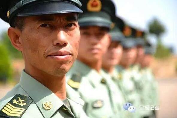 解放军中毕业最久的兵:初中当兵当兵到现在,总国际音标初中