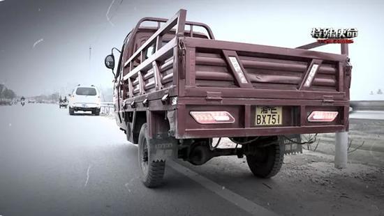 湖南警方破碰瓷團夥案:疑犯流竄作案35起,9人被打斷鎖骨