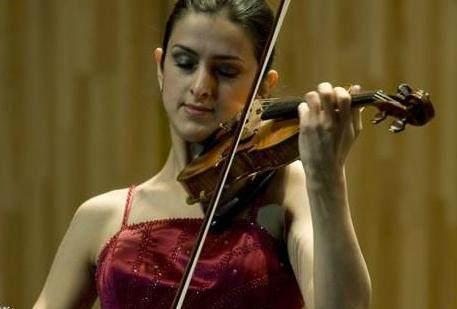 大图片和小提琴,这场古典音乐的颜值之战你支欧美女美美女臀图片