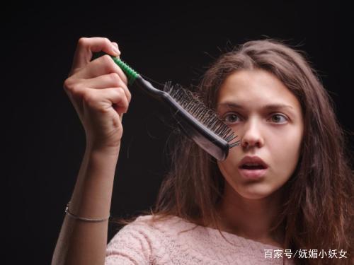 女生让头发放过停止?男女洗发水防脱掉落什么会生姜生渣图片