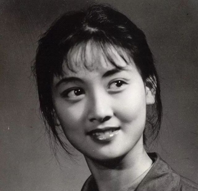 鄧婕:女演員要的人生