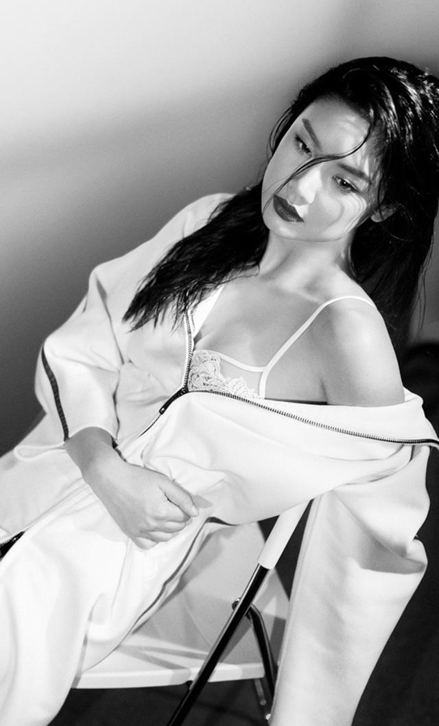超级好身材日本性感乐基儿秀性感写真香港学生服女星图片
