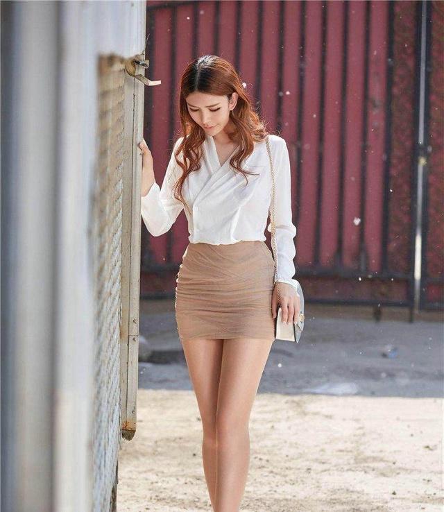 美丽短裙特有女人味,穿出夏日里别样风情! 6