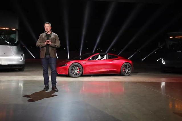 忘了卡車和跑車吧,特斯拉的命運由Model 3來決定