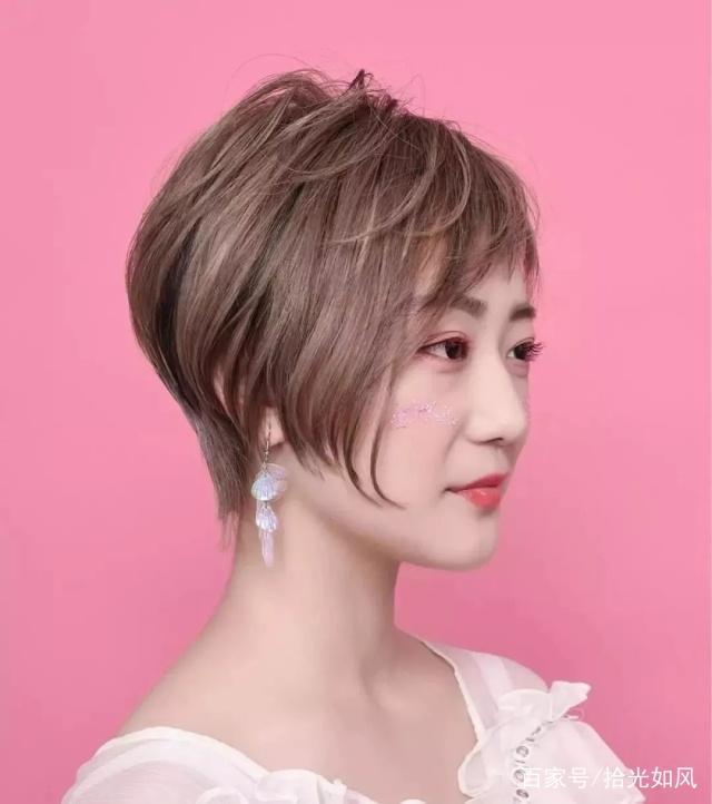 新年烫发发型28款,款款都是经典温度短发(短发流行因建议高头发干图片
