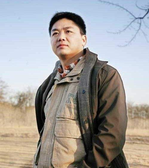 """劉強東竟做起""""村長"""" 還定了個小目標:五年內讓全村脫貧"""