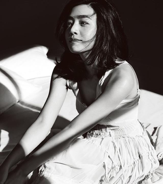 陈妍希带帅性感回台北见男友拍性感写真展示狼可爱父母图片