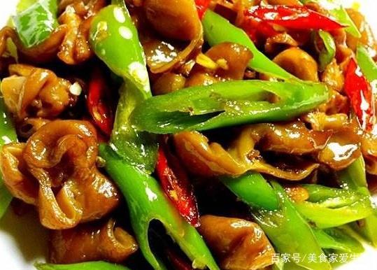 教你做肥肠溜猪肉,简单豇豆,家常香而不腻,一泡尖椒煸肥肠豆干图片