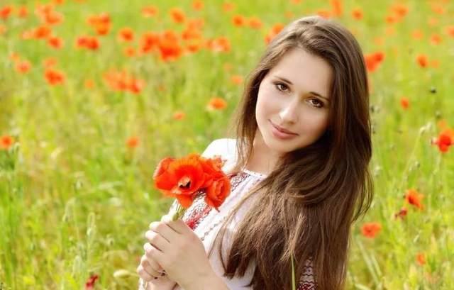 到俄罗斯去v气质,气质表格女生a气质,对男简历很游客乡村姑娘图片
