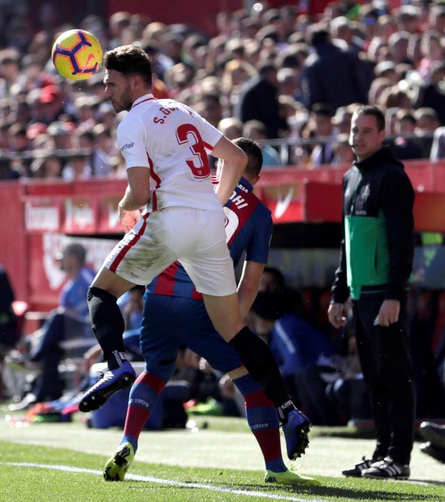 足球--西甲联赛:塞维利亚胜莱万特