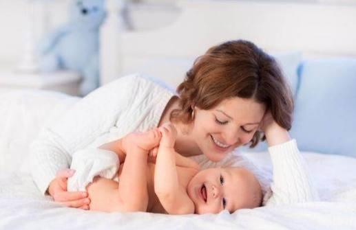 宝宝什么时候会说话合适?你家宝正常么?