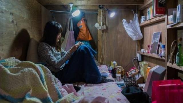 曾经移民到日本的中国人,来到中国旅游时,看到