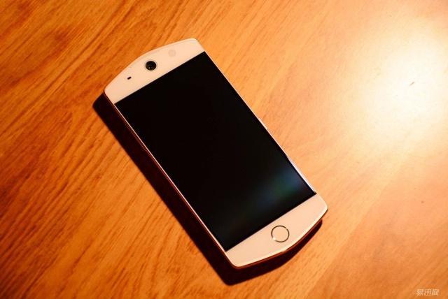 美图手机哪款最好用?再等等,新款手机由小米研
